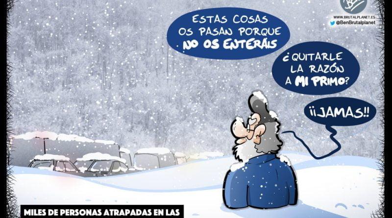 Miles de personas atrapadas en las carreteras por la nieve